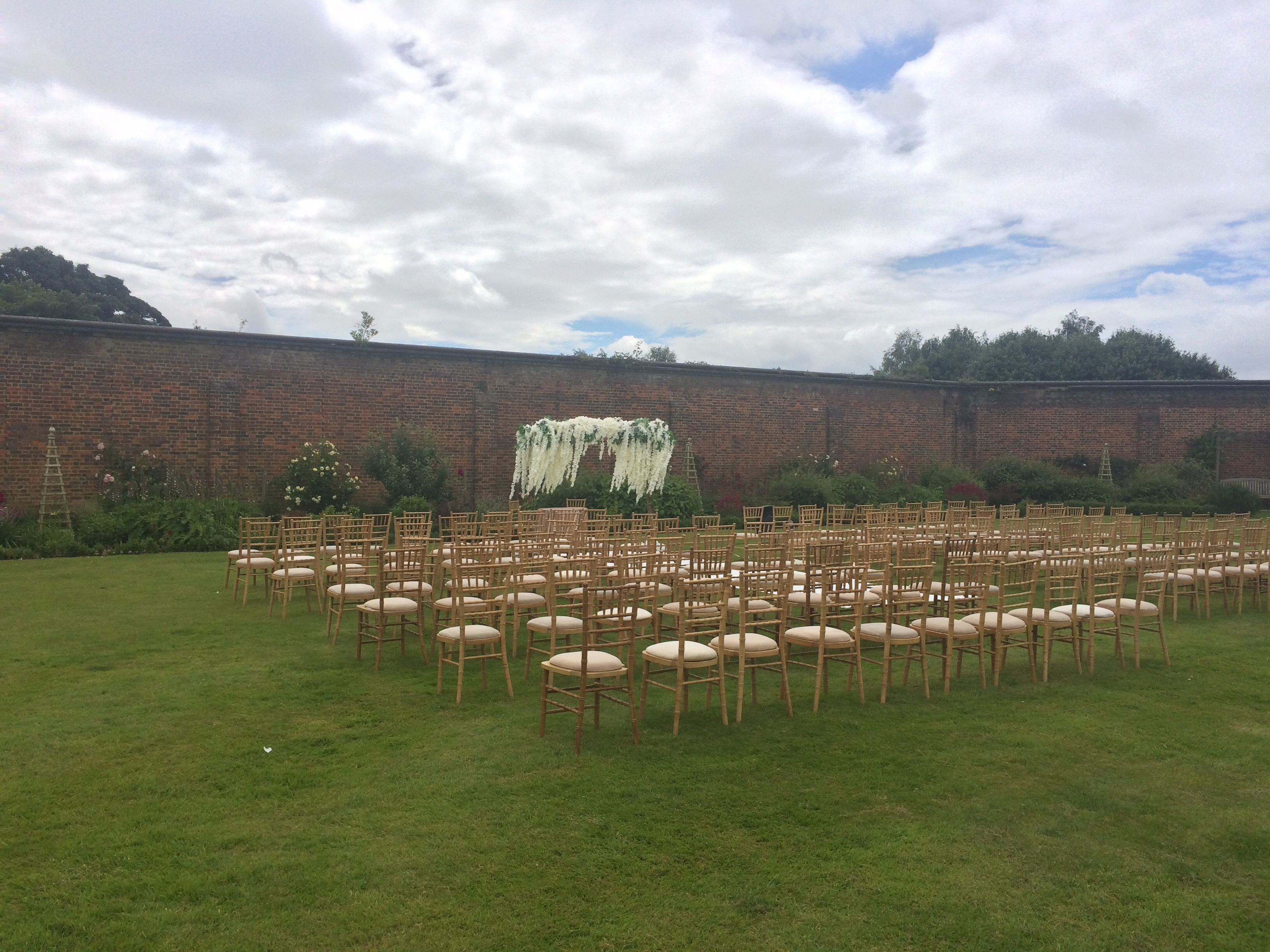 Samantha Kelsie celebrant wedding ceremony luton hoo walled gardens