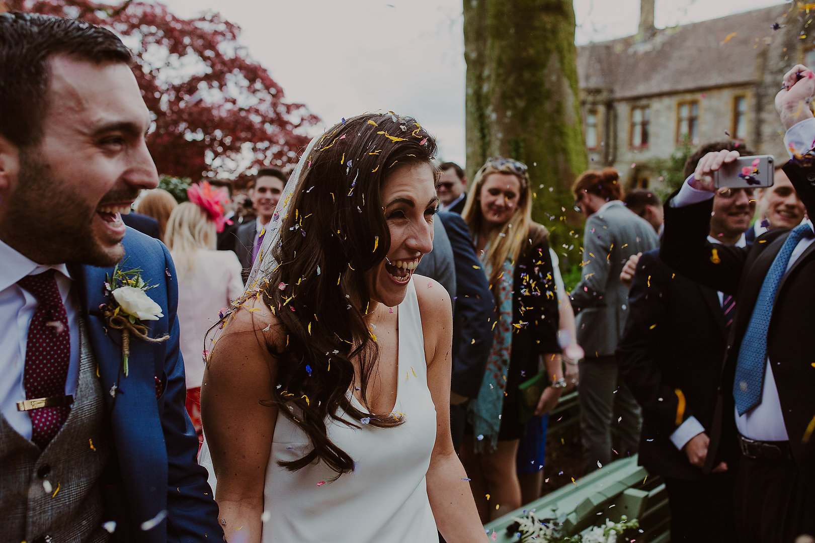 Lara and Ben Gatsby inspired garden wedding with symbolic crystal healing. Samantha Kelsie UK Celebrant. Huntsham Court. Bears Collective Photography.